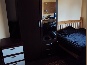 EasyRoommate UK - Double bedroom available - Selly Oak, Birmingham - £275
