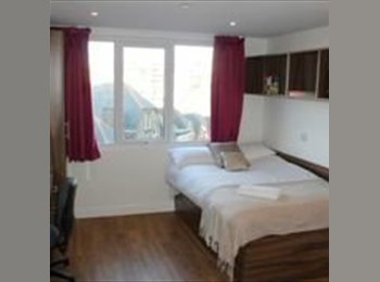 EasyRoommate UK - Student Accommodation en-suite - East Cliff, Bournemouth - £480