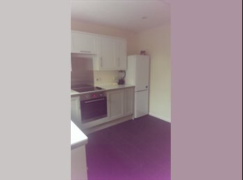 EasyRoommate UK - double room available - Hatfield, Hatfield - £450