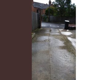 EasyRoommate UK - Double room to rent in Gloucester - Gloucester Centre, Gloucester - £350
