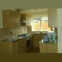 EasyRoommate UK 5 BED HOUSE - HYDE PARK / HEADINGLEY (FULLY RENOVA - Hyde Park, Leeds - £ 295 per Month - Image 1