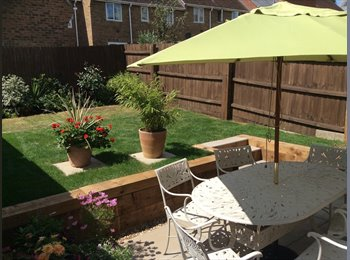 EasyRoommate UK - Double room in fantastic houseshare - Colchester, Colchester - £433
