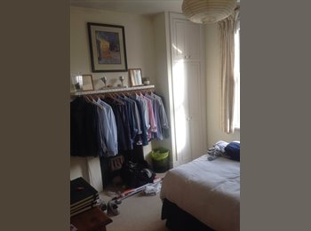EasyRoommate UK - Two bedroom flat to rent - Balham, London - £740