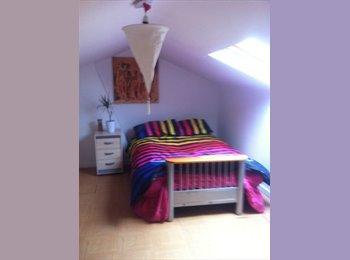 EasyRoommate UK - Room to let - Heathrow, London - £415