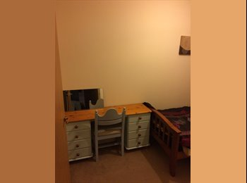 EasyRoommate UK - Single room  - West Cliff, Bournemouth - £360