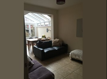 EasyRoommate UK - Share room available in January 2015 - Fishergate, York - £250