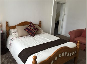 EasyRoommate UK - Best house in central Bradford - Bradford City Centre, Bradford - £350