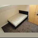 EasyRoommate UK Double Bed-room to rent in 2 bed flat - Roundhay, Leeds - £ 250 per Month - Image 1