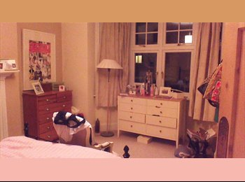 EasyRoommate UK - Sociable town house looking for 4th housemate! - Ealing, London - £715