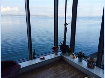 EasyRoommate UK - Double Room in Stunning Sea View Flat - Edinburgh, Edinburgh - £500