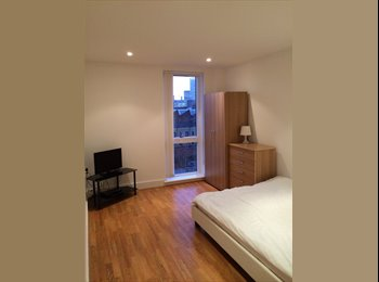 EasyRoommate UK - Very nice room  - Bow, London - £890
