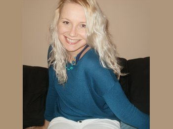 EasyRoommate UK - Zuzka - 26 - Brighton and Hove