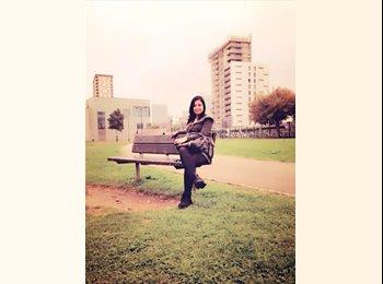 EasyRoommate UK - Jirina - 24 - London