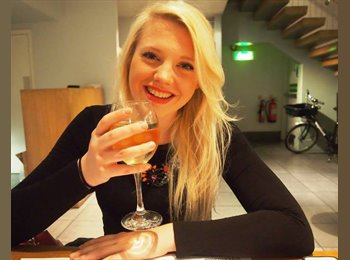 EasyRoommate UK - Harriet - 22 - Basingstoke and Deane