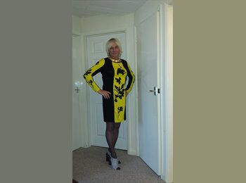 EasyRoommate UK - Sarah - 49 - Tunbridge Wells