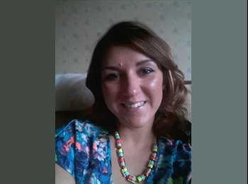 EasyRoommate UK - Laura - 29 - Lincoln