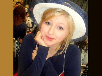 EasyRoommate UK - Lucy   - 22 - Poole