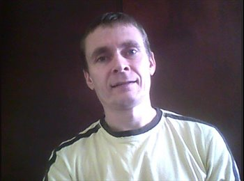EasyRoommate UK - Michael - 49 - Newark