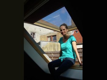 EasyRoommate UK - Sara - 25 - Hart and Rushmoor
