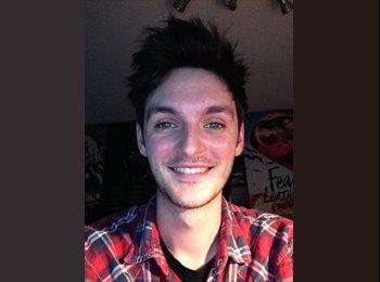 EasyRoommate UK - Josh - 22 - Sudbury