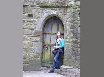 EasyRoommate UK - Belinda - 32 - Edinburgh