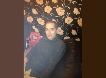 EasyRoommate UK - Jason - 34 - Portsmouth