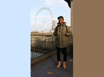 EasyRoommate UK - Paul - 20 - London