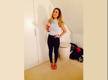EasyRoommate UK - Leah - 21 - Swindon
