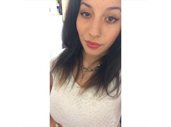 EasyRoommate UK - Leila - 18 - Edinburgh
