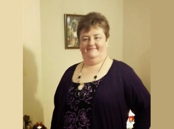 EasyRoommate UK - Sarah  - 49 - Wellingborough