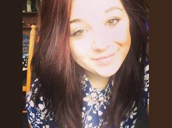 EasyRoommate UK - Chloe - 18 - Alness