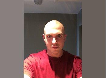 EasyRoommate UK - Josh  - 24 - Manchester