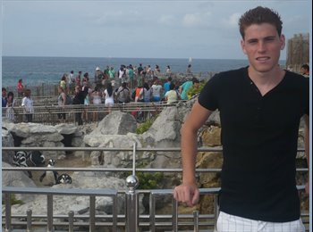 EasyRoommate UK - David - 22 - Brighton and Hove