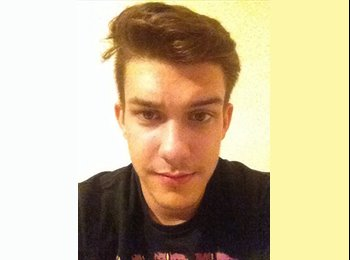 EasyRoommate UK - Mateusz - 19 - Brighton and Hove