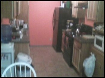 EasyRoommate US - furnished room for rent in condo near strip, unlv, airport - Central Las Vegas, Las Vegas - $400