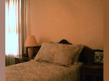 EasyRoommate US -  FURNISHED ROOM WITH AMENITIES FOR STUDENT/INTERN - CENTRAL LOS ANGELES - Mid City, Los Angeles - $800