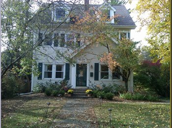 EasyRoommate US - Basement suite plus maid service - Waukegan, Other-Illinois - $625