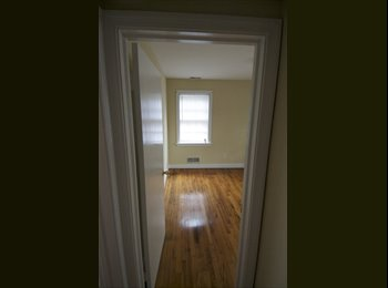 EasyRoommate US - Henrico $500 / 1br  Roommate to share 1600ft² Hous - Richmond West End, Richmond - $500