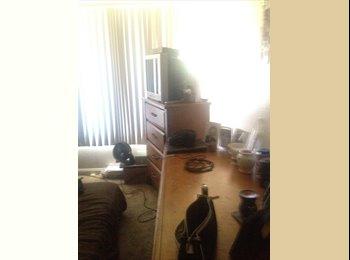 EasyRoommate US - Seeking a professional female roommate - Scottsdale, Scottsdale - $375
