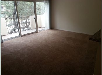 EasyRoommate US - Bedroom and Bathroom available in 2 bed apt. - Glendale, Los Angeles - $1007