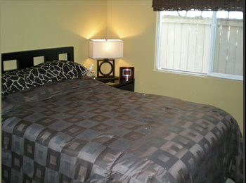 EasyRoommate US - Beautiful Room in Home - Escondido, San Diego - $750