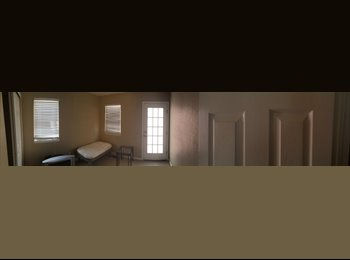 EasyRoommate US - Quite downtown furnished one bedroom.  - Colorado Springs, Colorado Springs - $600