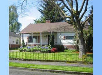 EasyRoommate US - Inner SE Home - Multnomah, Portland Area - $595