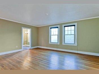EasyRoommate US - 1bd, 1 full ba apartment in Stevens - Seward Park, Seattle - $950