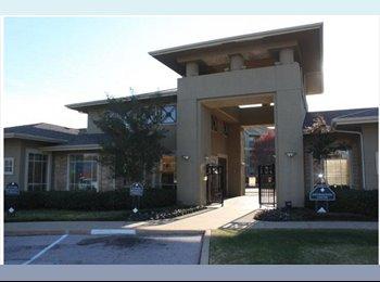 EasyRoommate US - DENTON ROOM SUBLEASE - East Dallas, Dallas - $580