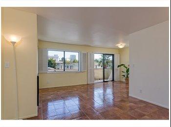 EasyRoommate US - 1 Room  in West LA-  $875 - Santa Monica, Los Angeles - $875