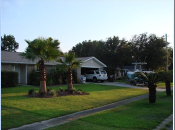 EasyRoommate US - Quiet Neighborhood, nice home, room for rent - Pensacola, Other-Florida - $650