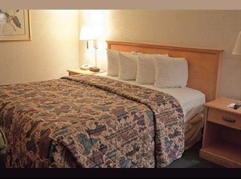 EasyRoommate US - Ashlan Inn Hotel rooms available for monthly - Highway City, Fresno - $1000