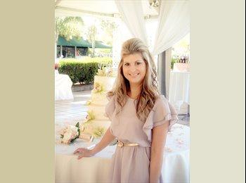 EasyRoommate US - Nicole-38-Female-Professional - Downtown Anaheim, Anaheim - $500