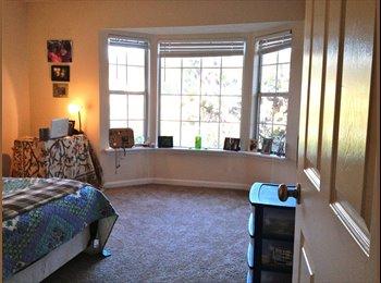 EasyRoommate US - roommate wanted for 2bd 2 ba - Central Nashville-Davidson Co., Nashville Area - $900